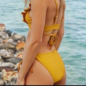 Mustard Yellow CupShe Bikini Bottoms size small